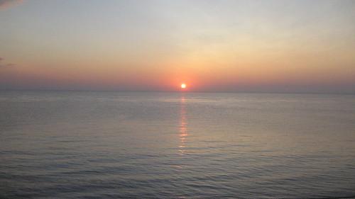 ocean morning sun sunrise dawn glow