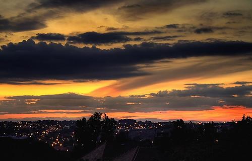uk sunset clouds evening newcastleupontyne fenham twoballlonen