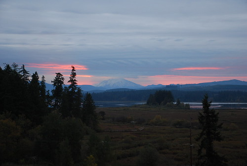 sunrise silverlake washingtonstate mountsthelens castlerock blueheroninn