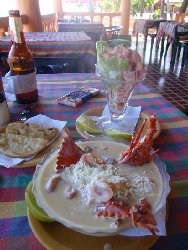 Sopa de Mariscos - El Salvador