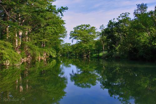 blue sky usa naturaleza tree verde green nature water rio azul canon river arbol eos agua texas arboles shades reflect cielo reflejo sombras naturesfinest 40d canoneos40d eduardomuriedas