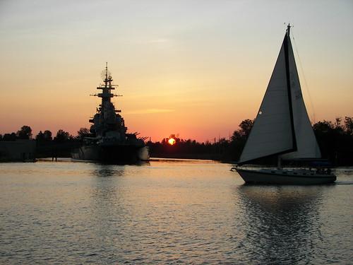sunset water sailboat boat nc kodak northcarolina battleship wilmington wilmingtonnc ussnorthcarolina capefearriver battleshipnorthcarolina