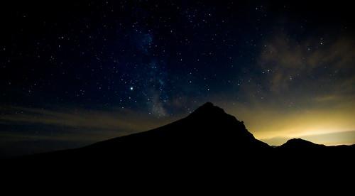sunset sky japan night stars star hokkaido hiking horizon hike galaxy 北海道 日本 milkyway 大雪山 starfield canonefs1022mm tokachidake daisetsuzan canoneos30d 十勝岳 富良野岳 furanodake kamihoro 上ホロ小屋 115kmeofsapporo