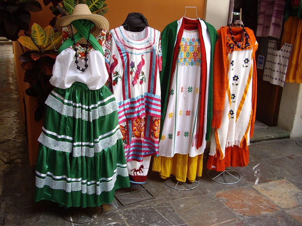 Vestidos típicos regionales de Oaxaca   Martin Mercado   Flickr