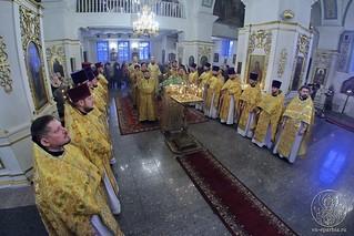 Литургия в Покровском соборе 119