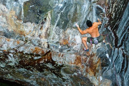 new orange rumney brown green sport rock colours hampshire climbing climber rockclimbing canonef2470mmf28lusm rocher escalade klettern