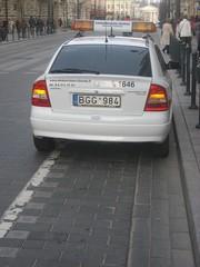BGG984 (car on cycle lane)