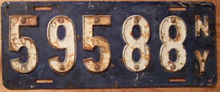 NEW YORK 1910 LICENSE PLATE FIRST GOV'T ISSUE rivited numbers