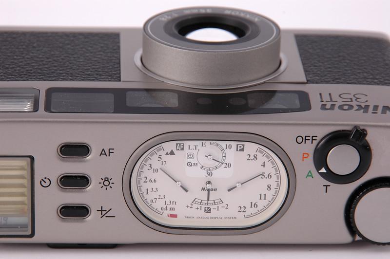 Nikon 35 Ti QD