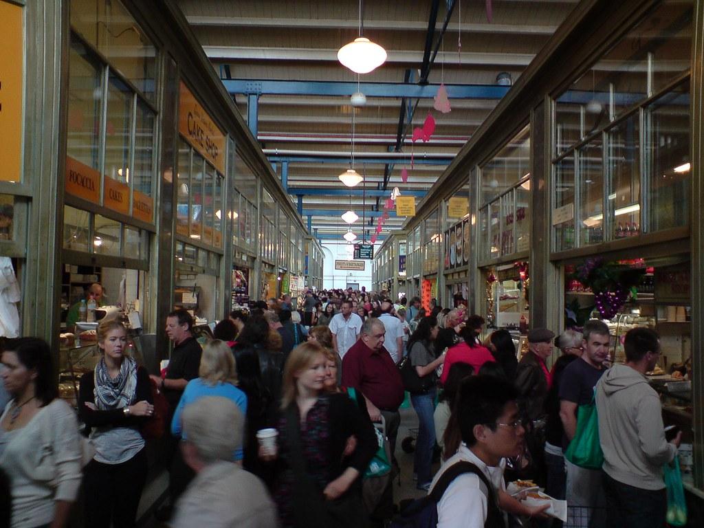 Crowds in the Deli Hall - Queen Victoria Market | Borek phot… | Flickr
