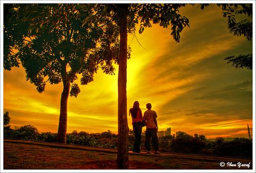 sunset sundown malaysia a200 soe hdr selangor shahalam 3exposures sonydslr abigfave platinumphoto anawesomeshot diamondclassphotographer flickrdiamond citrit shieldofexecellence ibnuyusuf betterthangood theperfectphotographer mysonia remarkablesunset
