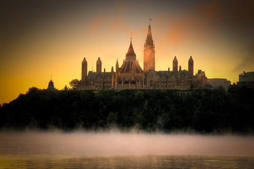 mist canada sunrise ottawa parliament gatineau parliamenthill ottawariver 2875 mywinners abigfave