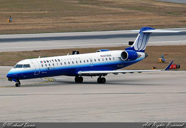 United Express (SkyWest Airlines) Canadair CRJ-700 (N756SK