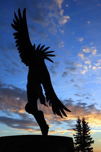 silhouette statue sunrise navarro wyoming thunderbird caspercollege