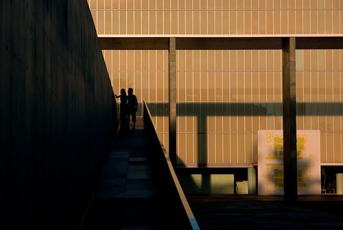 sunset art silhouette museum modern couple toyota toyotamunicipalmuseumofart üpù lcsüpù