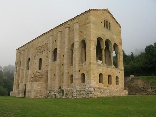 Iglesia de Santa María del Naranco | by FreeCat