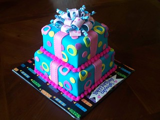 Gift Box Birthday Cake | by Cakes By Jen