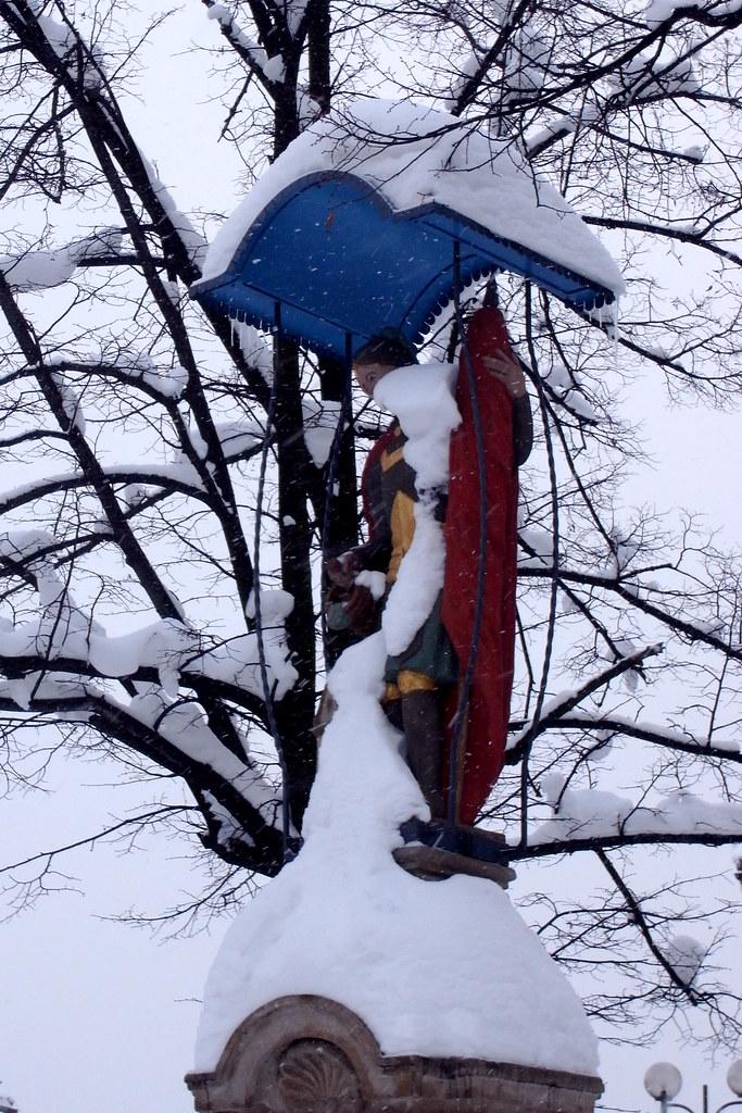Święty Florian w śniegu / St. Florian In The Snow