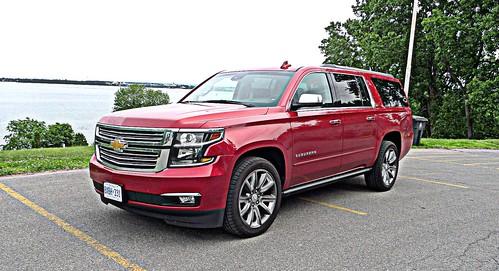 2015 Chevrolet Suburban Photo