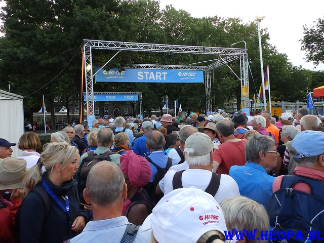 2015-07-22     2e Dag 99e  Vierdaags (1)