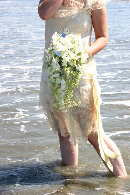 TTD white bouquet