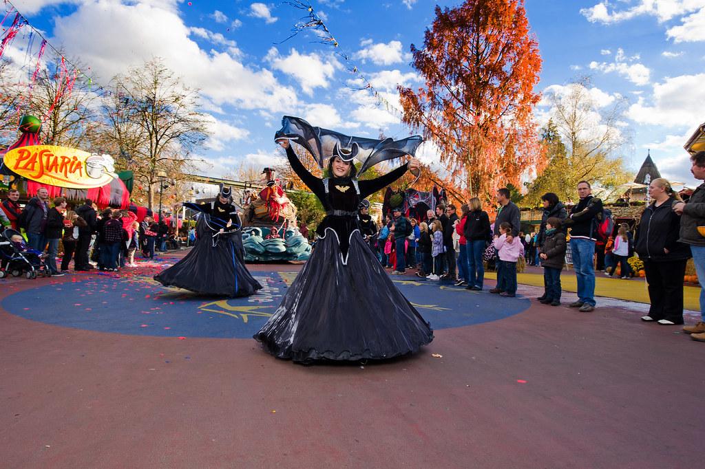 Halloween Parade Im Europa Park Eine Rätselhafte Und Gruse Flickr