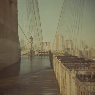 Brooklyn bridge, looking back to Manhattan | by Andrea [bah! la realtà!]