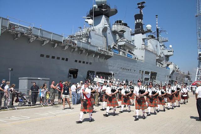 Meet your navy 2008