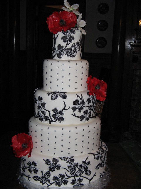 Black and White Cake with sugar Poppies and Dogwoods