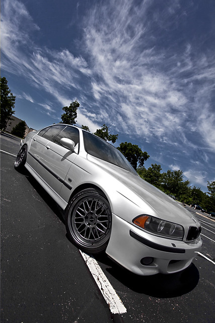 Tribute to the e39 m5 : wide angle style