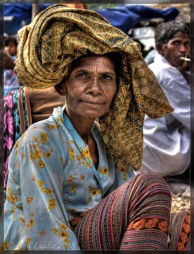 old portrait lady indonesia market hd hdr ikat easttimor oecussi photomatix platinumphoto colourartaward rtwoverland