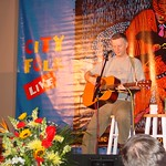 Thu, 31/01/2002 - 8:36pm - Billy Bragg performs at a WFUV Marquee event
