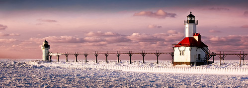 light sea lighthouse house snow ice evening pier flickr dusk michigan clay icicle catwalk josephs willard sait omot jonathanrobsonphotographycom epiceditsselection viapixelpipe saitjosephs