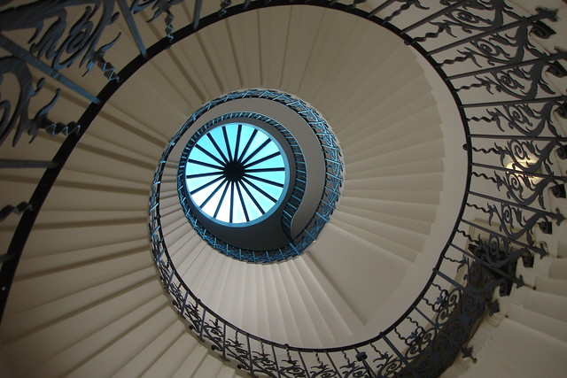 Composition: blue in the spiral