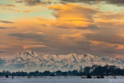 morning winter sunset portrait snow mountains cold field yellow clouds sunrise 10 brisk madsen macee icecap