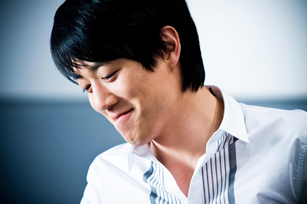 Kim Rae Won | Korea's famous actor, Kim Rae Won, on the set … | Flickr