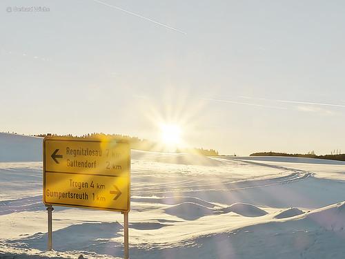 sunset sonnenuntergang schneewüste snowdessert dessert wüste schnee snow ortsschild outdoor