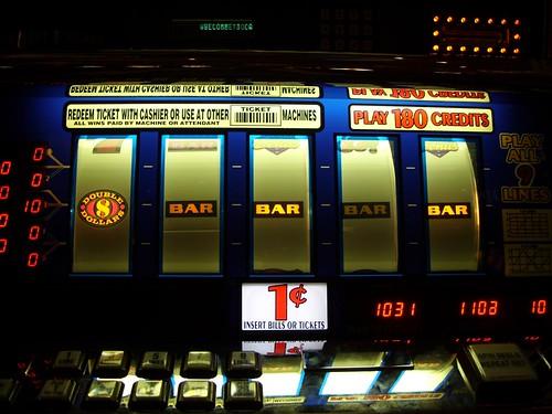 Casino Royale Website
