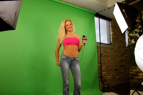 Stephanie Olsen in a hot Pink Top   For more sexy forex news…   Flickr