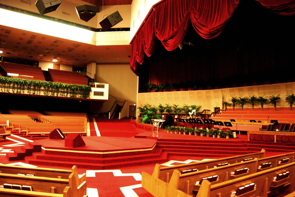 Swaggart's Family Worship Center | Church Etiquette In an ef… | Flickr
