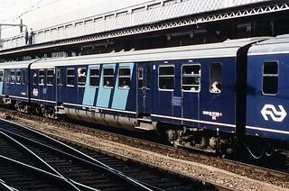 Plan E DE coach at Nijmegen, 1986 | by cklx