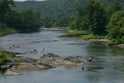 summer green water river vermont whiteriver southroyalton nikond200
