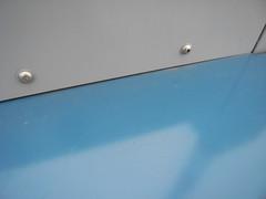 blue / gray