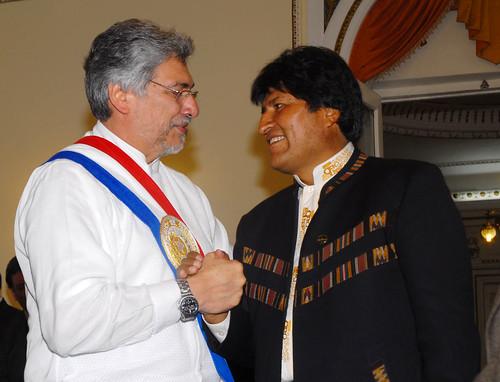 El saludo del presidente boliviano Evo Morales | by Fernando Lugo Méndez