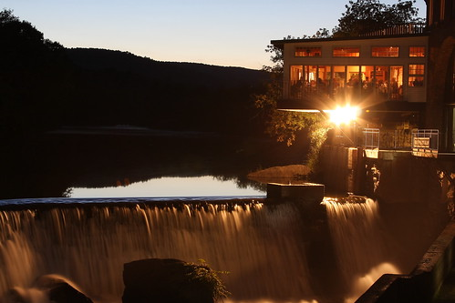 old sunset people food mill water glass night river lights mirror evening waterfall vermont sundown eating dam falls dining resturant hartford vt quechee simonpierce canon40d