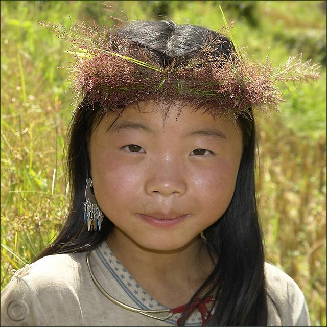 Hmong garland