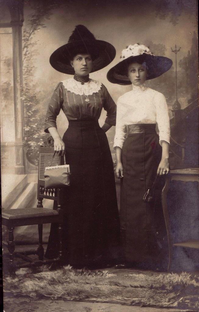 dames hoeden 1900 | janwillemsen | Flickr
