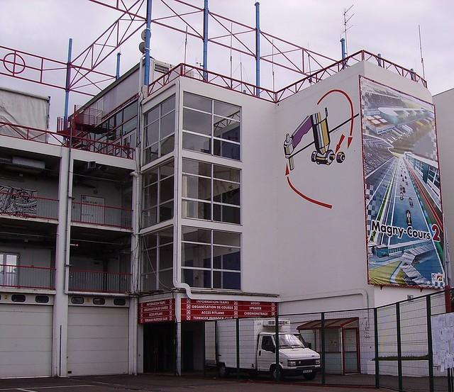 Loges du circuit de Nevers Magny-Cours