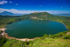 The Mouth of Taal Volcano | by deckchua