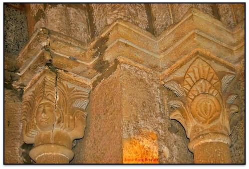 Capitells, Església de Santa Agnès, Sta. Agnès de Malanyanes (el Vallès Oriental)